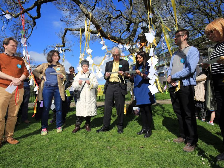 Family and supporters tie yellow ribbons to mark 365 days since Nazanin was imprisoned in Tehran
