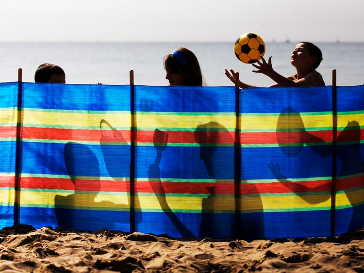Single parents pay more for family holidays
