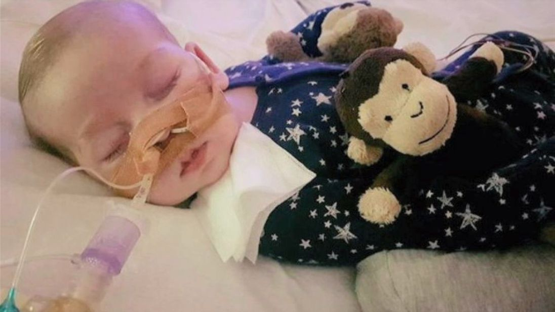 Court: UK baby must remain on life support for 6 more days