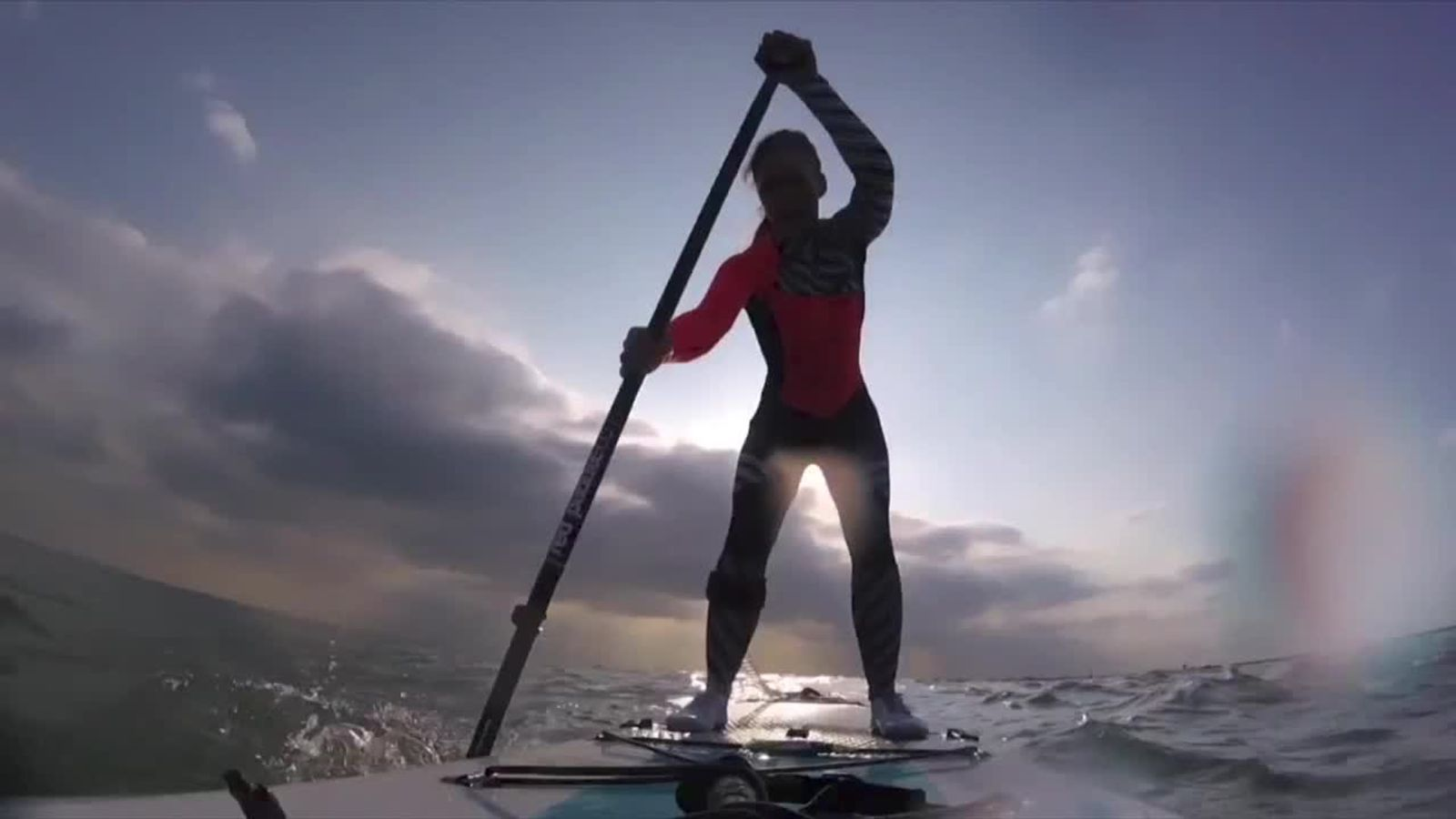 Lizzie Carr crosses The English Channel on a paddleboard and sets a new world record