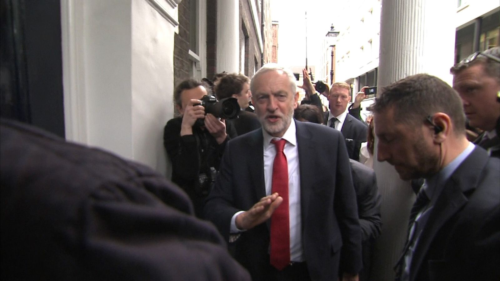 Jeremy Corbyn is not afraid to stand up to President Trump