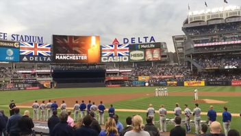 Yankee Stadium remembers the Manchester victims