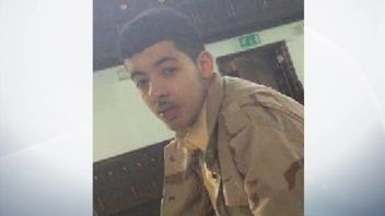 Salman Abedi named as suicide bomber
