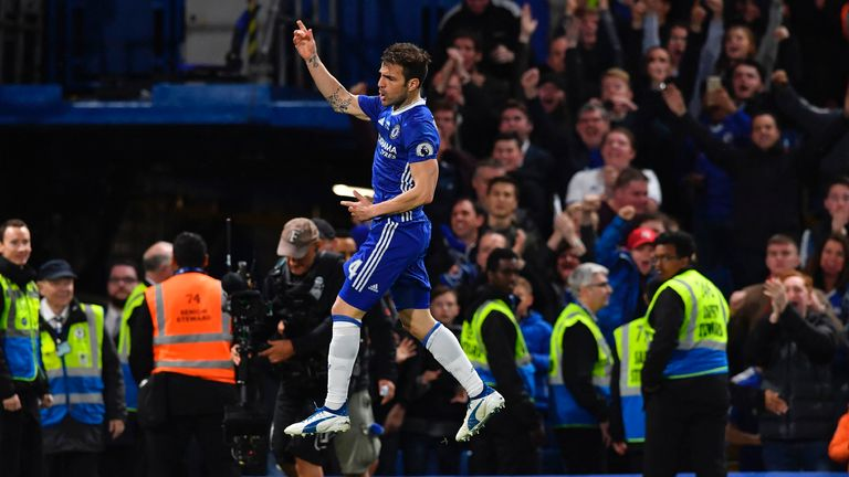 Chelsea celebrate title with 4-3 romp against Watford