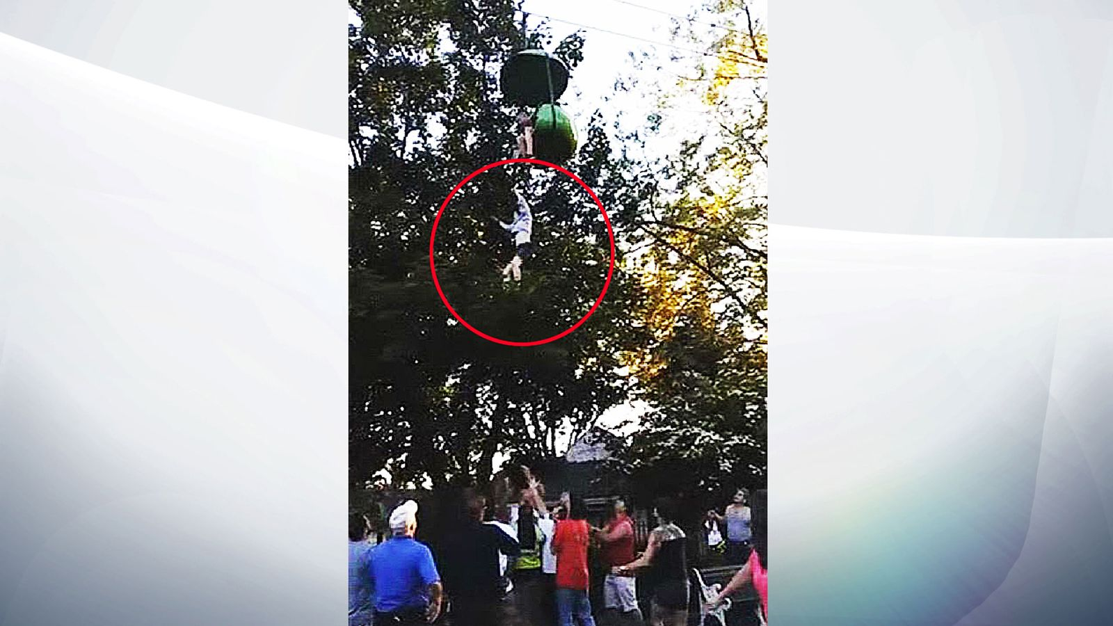 'I'll catch you, honey!': Girl caught after falling from ...