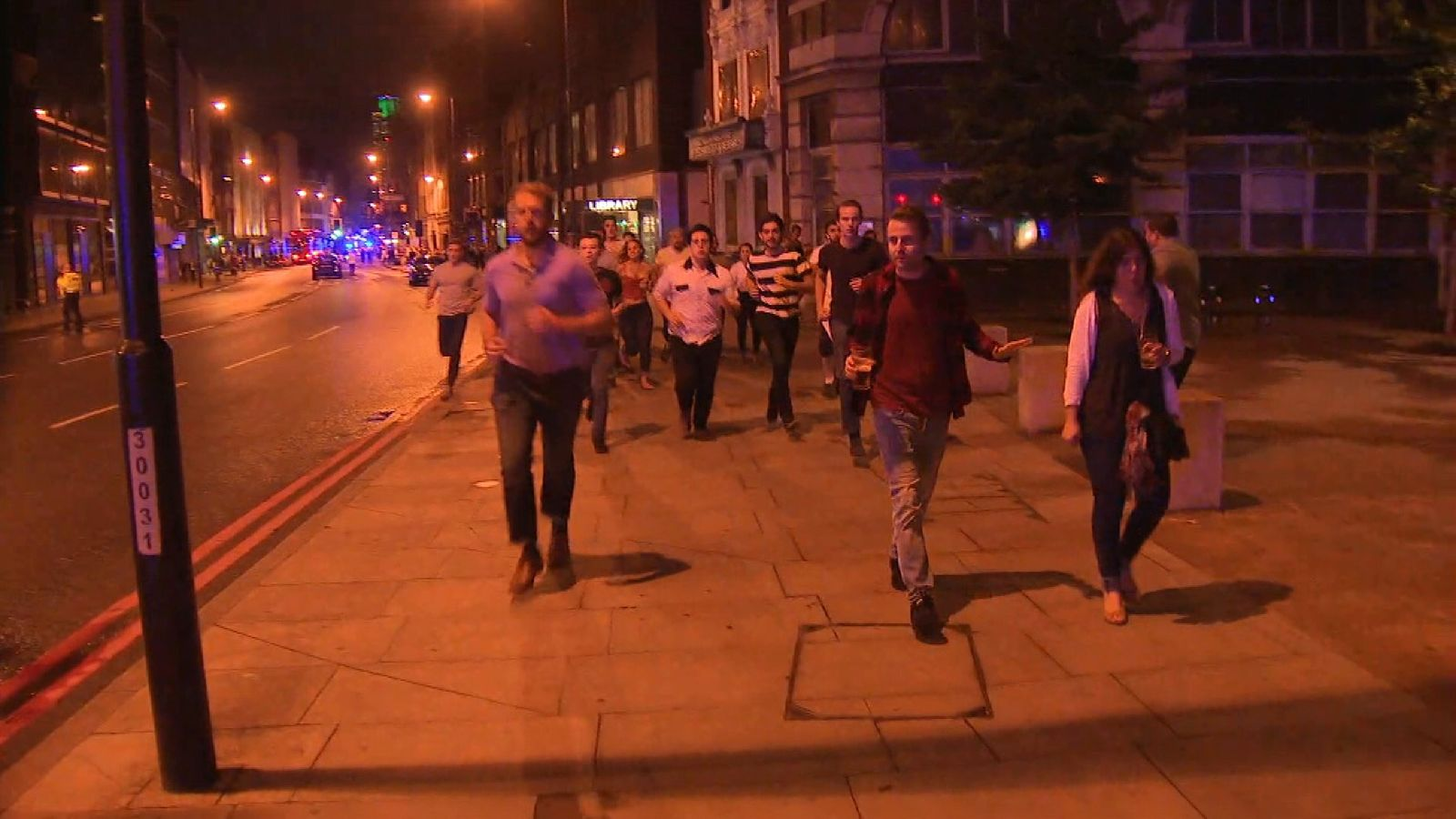 United Kingdom police rush to London Bridge after reports of van hitting pedestrians