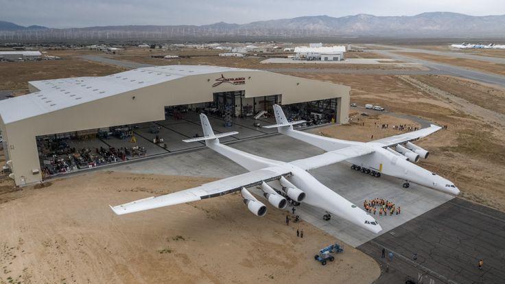 Paul Allen unveils world's largest plane