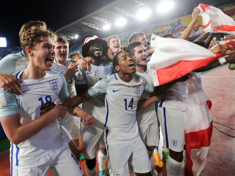England's players celebrated in front of their fans in the stadium