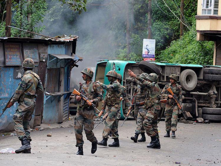 Amid Violence In Darjeeling Mamta Leaves For UN Meet Netherlands
