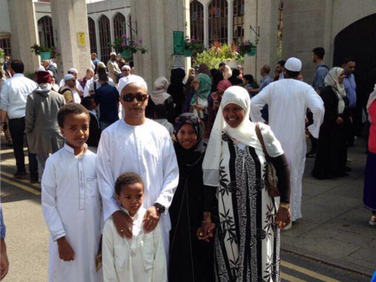 (L-R) Yahya Hashim, Yaqub Hashim, Hashim Hashim, Firdaws Hashim, Nura Jamal. Pic: Solidarity Sports Charity