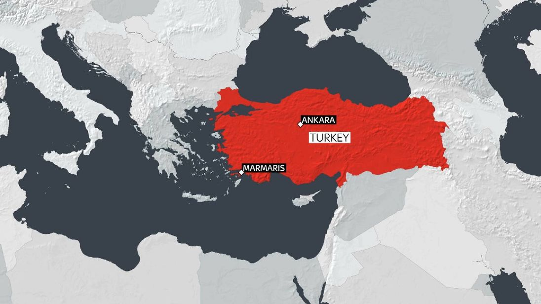 Two dead and boats damaged as quake  hits Turkey and Greece