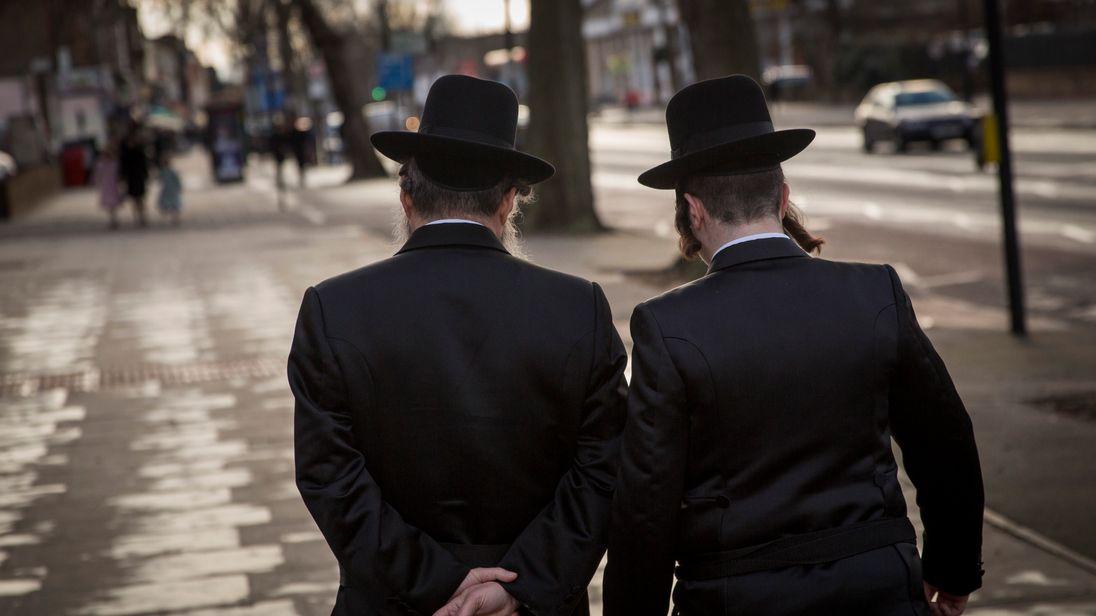 Members of the Jewish community