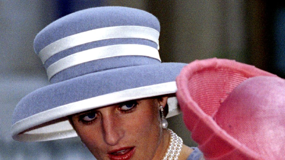 'Historical' Diana tapes should be seen, says ex-aide
