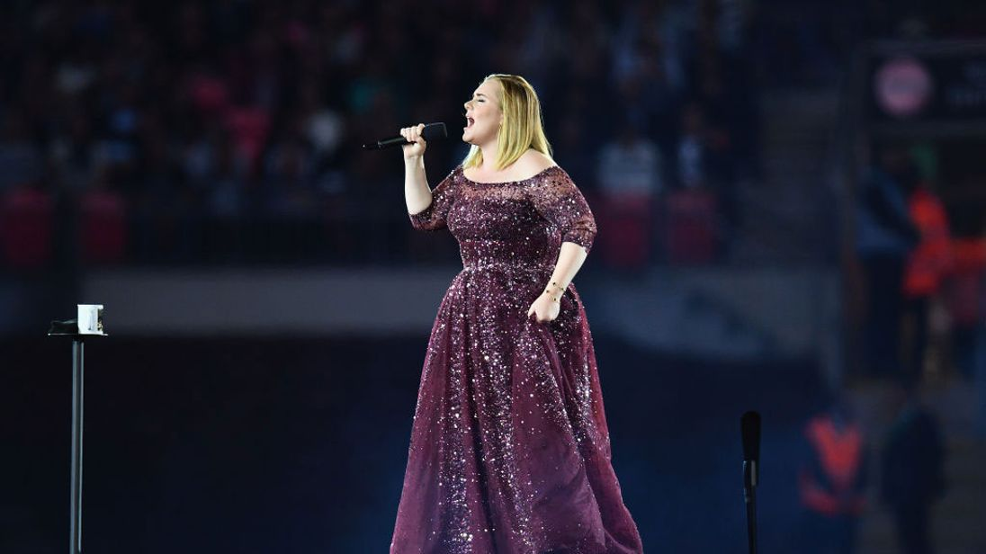 Adele cancels final 2 shows, blames damaged vocal cords