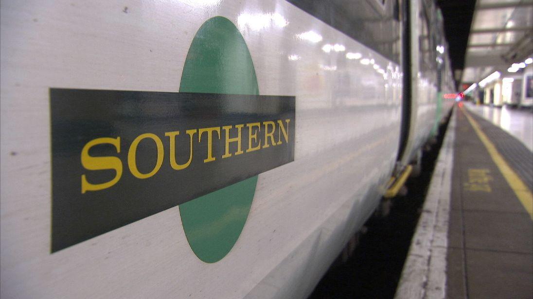 Talks to end strikes on Southern 'stall'