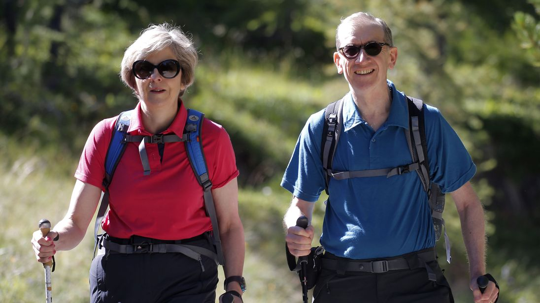 May to take three-week walking holiday in Italy and Switzerland
