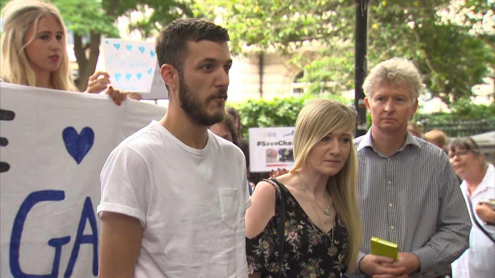 Charlie's parents spoke outside Great Ormond Street Hospital