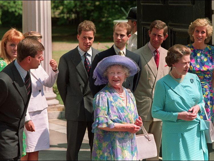 Diana's friends urge Channel 4 not to show 'private' tapes