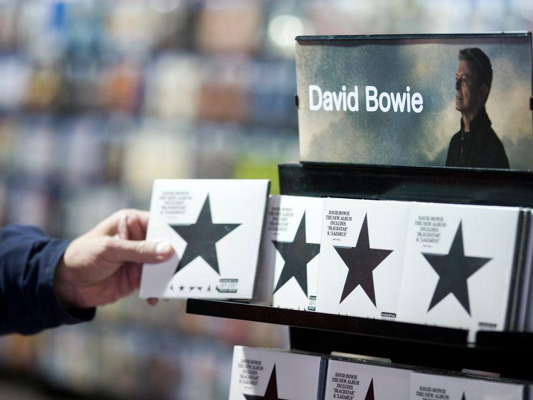 David Bowie keeps shining at arts awards with Blackstar