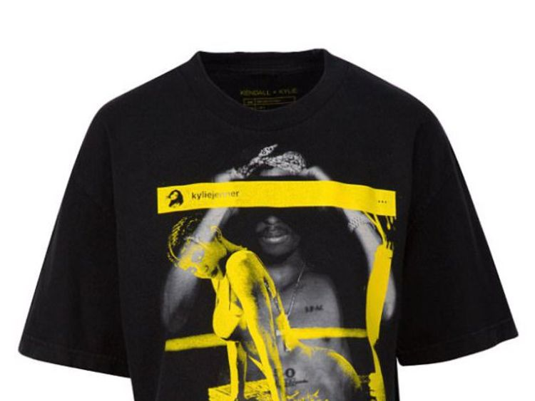 Kendall+Kylie's Tupac t-shirt has now been taken out of circulation