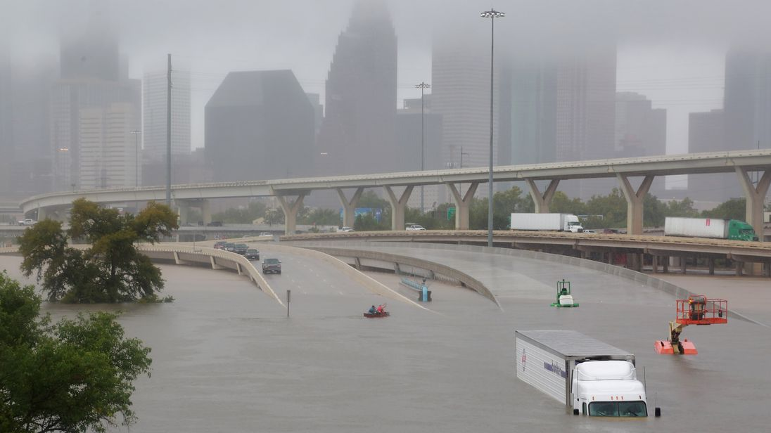 Hundreds trapped in '500-year flood' after Harvey dumps ...