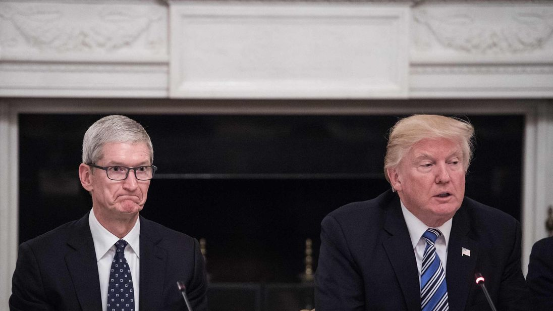 Apple's Tim Cook slams Trump's response to Charlottesville