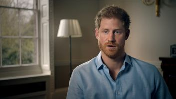 Prince Harry says his mother was chased and then photographed as she died