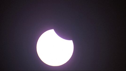 The first quarter of the eclipse in the US