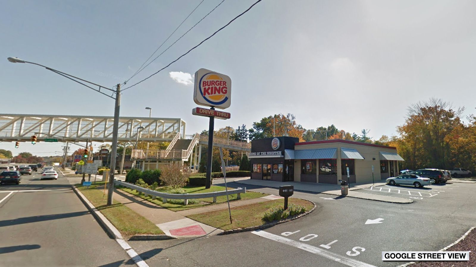 Babies born one day apart in same Burger King car park