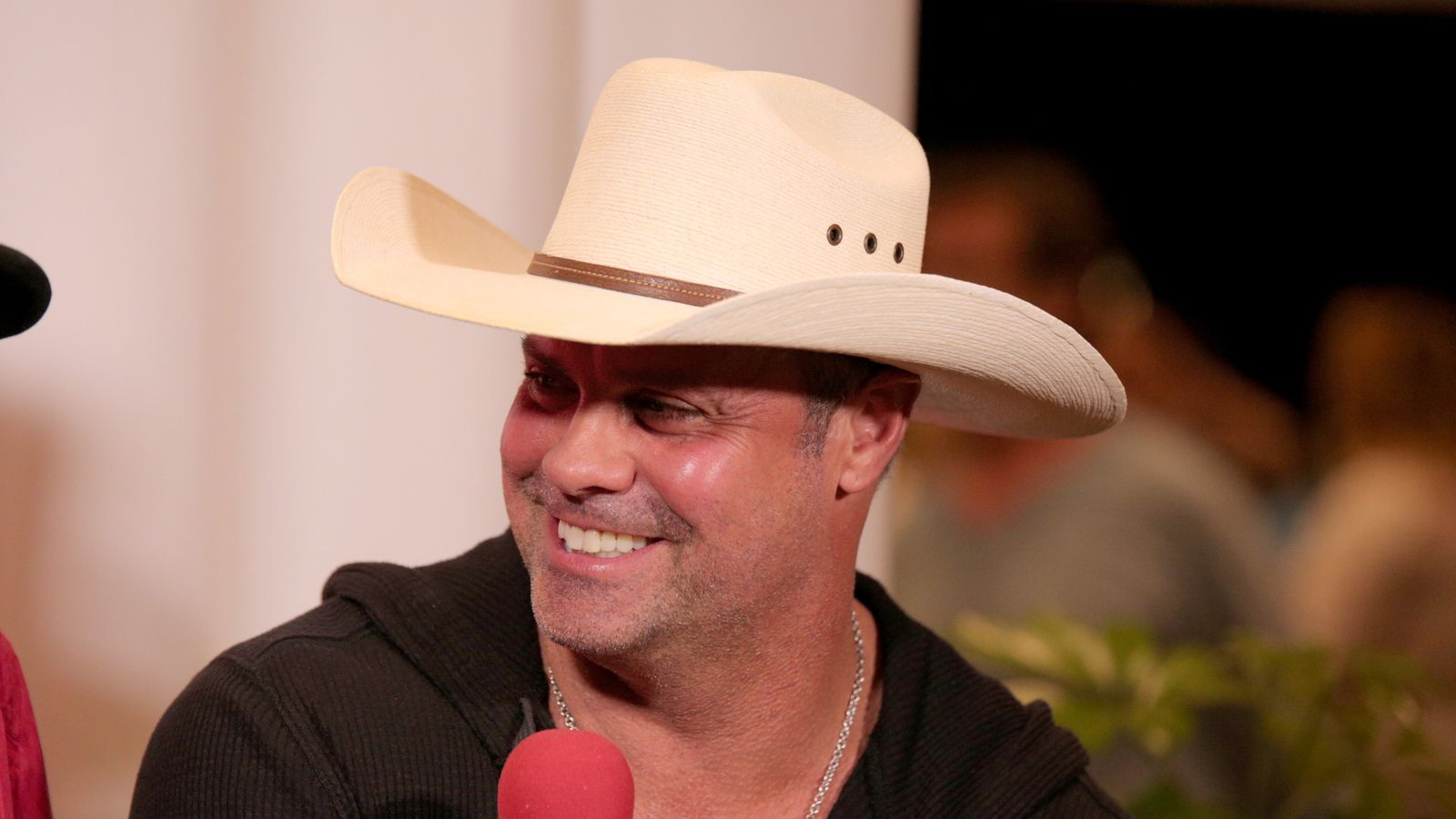 Troy Gentry Of Duo Montgomery Gentry Dies In Helicopter Crash