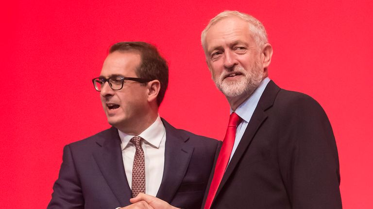 Owen Smith (L) and Jeremy Corbyn