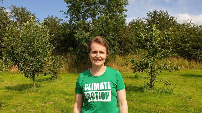 Dr Meryl Batchelder is a UN accredited climate change teacher