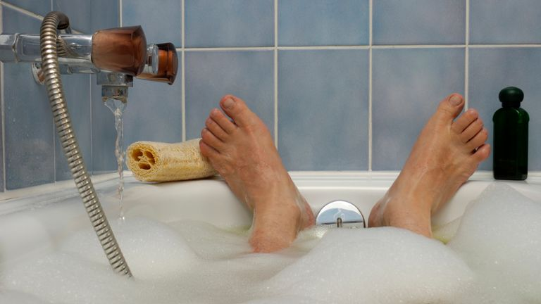 A daily hot bath appears to have significant health benefits