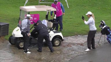 Garcia makes par from a golf buggy!