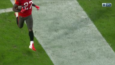 How did Jones stay in bounds?