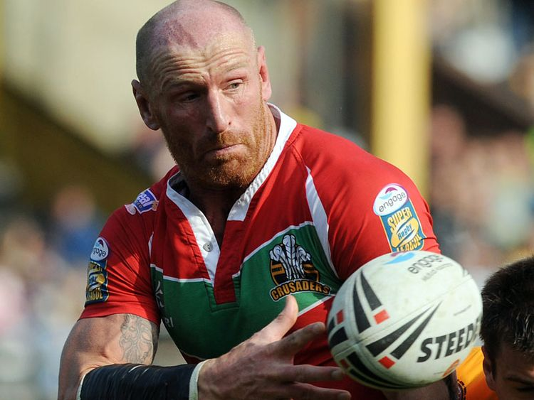 Gareth Thomas: Teen apologises to ex-Wales rugby captain over homophobic abuse