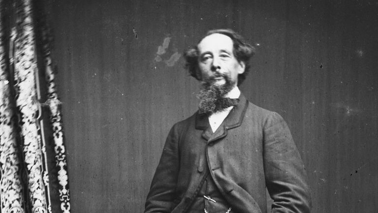 English novelist Charles Dickens (1812 - 1870), circa 1860. (Photo by Hulton Archive/Getty Images)