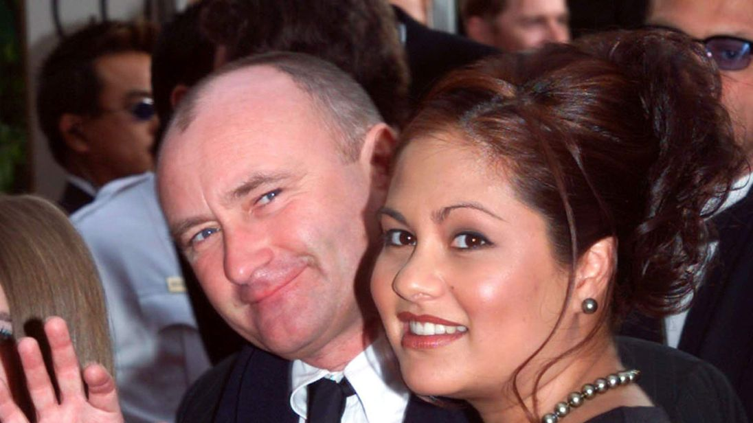 Phil Collins and Orianne Cevey in 2001