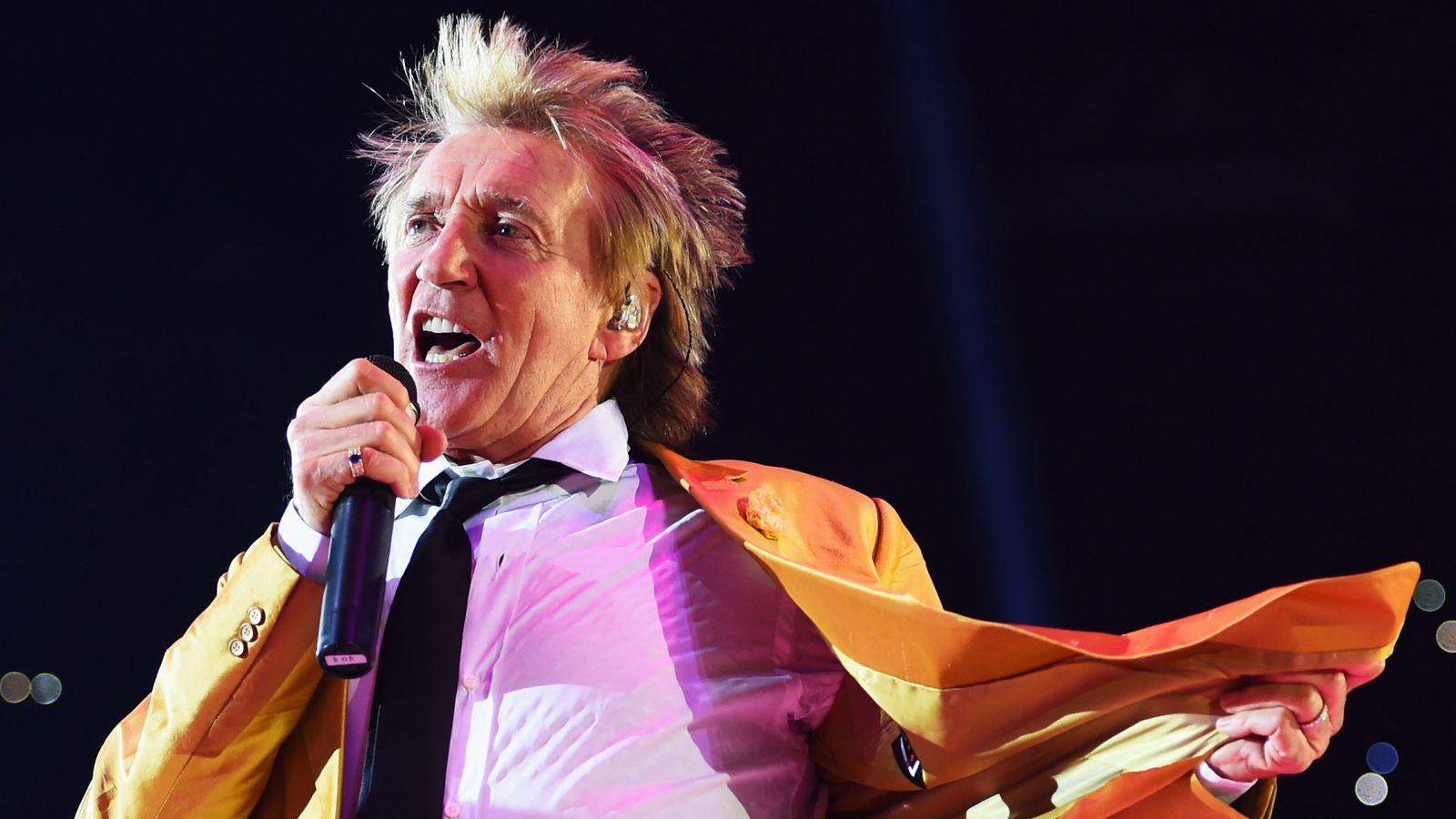 Sir Rod Stewart reveals secret prostate cancer battle