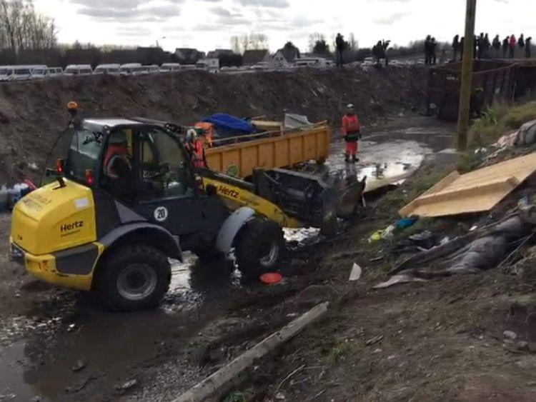 Calais camp demolition