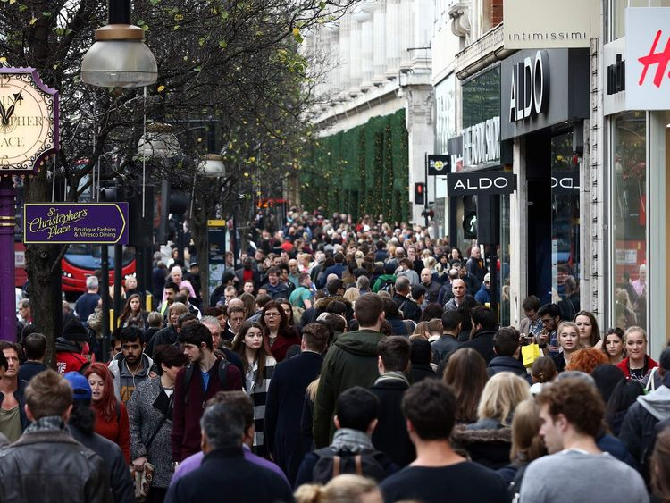 Shoppers On Oxford Street On The Last Saturday Before Christmas
