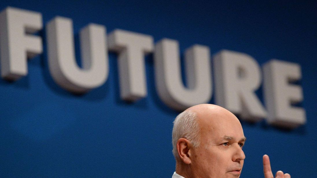 Iain Duncan Smith quits cabinet