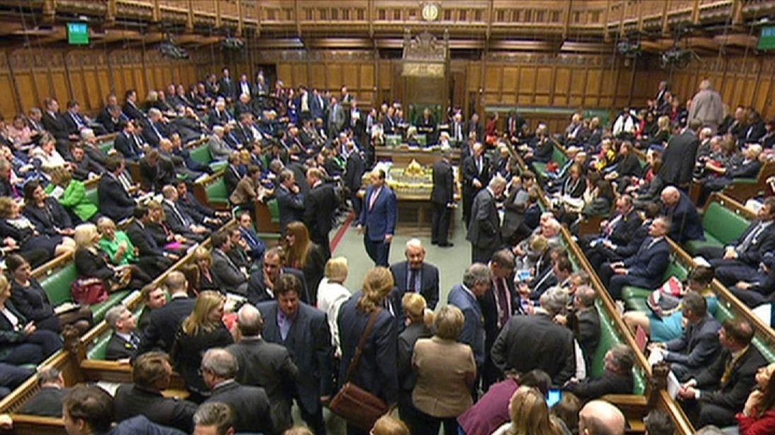 MPs vote on Sunday trading