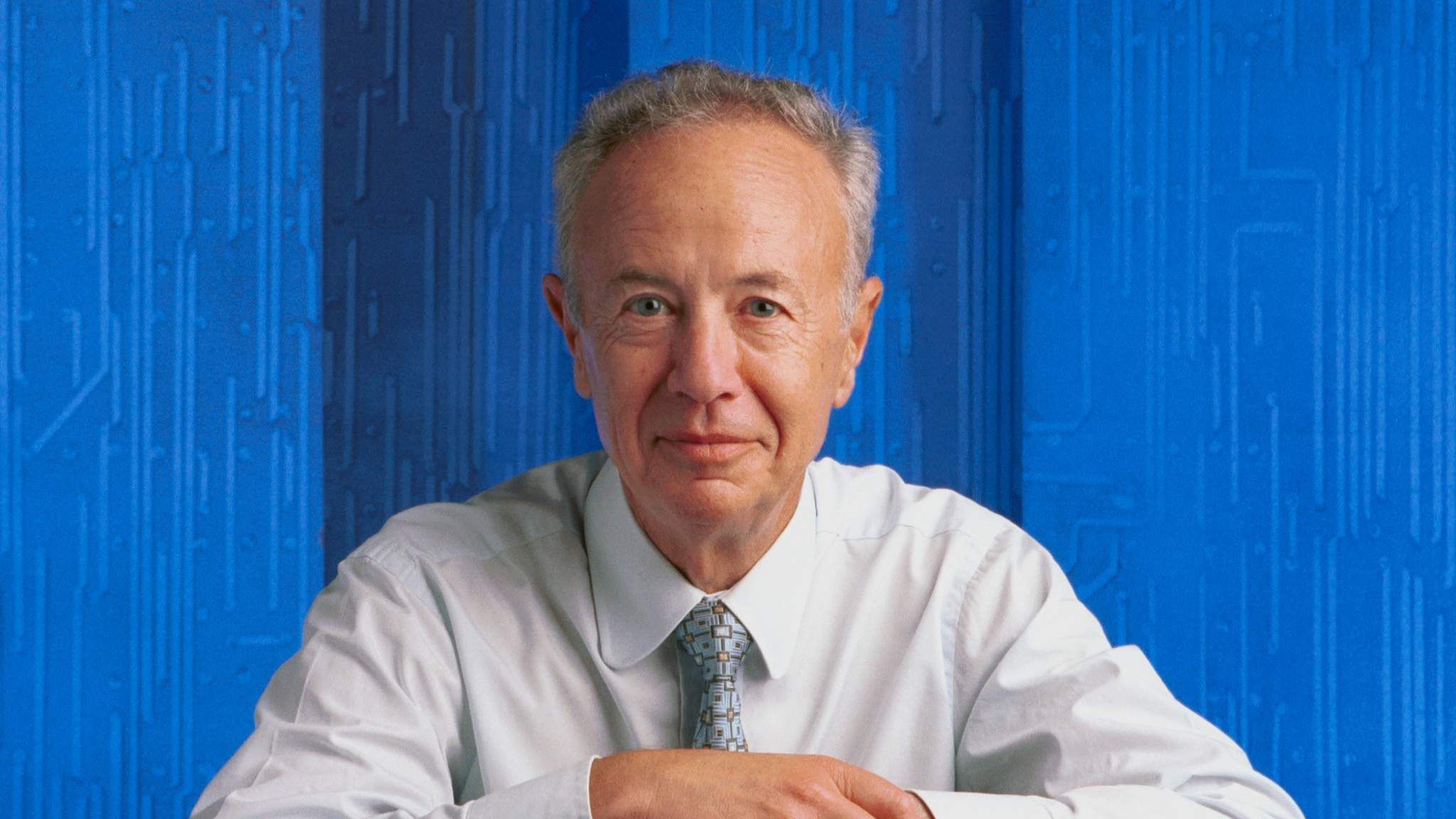 a comparison between the innovations of andy grove and michael dell Michael dell turns the pc world inside out he's selling computers as fast as he can make them, putting a  intel's andy grove and microsoft's bill gates, so telling  has the other dell loves to talk speeds and feeds with his engineers, and spends one day each week checking out the innovations at one of the site's tech facilities he also spends a ton of time with customers,.