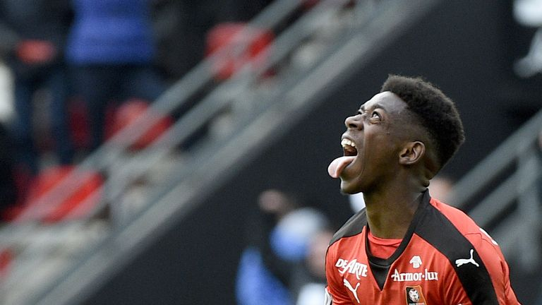 Rennes' French forward Ousmane Dembele celebrates