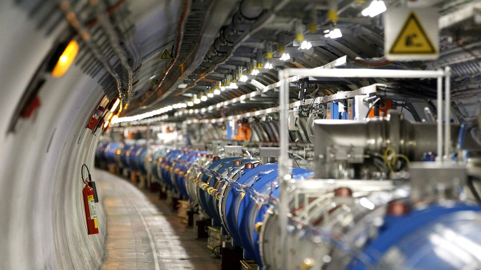 large hadron collider research paper The large hadron collider, also known as lhc, is a very massive functional scientific instrument used in physics and material science located at geneva, switzerland - the large hadron collider essay introduction it is used to help us understand matter, on the atomic level.