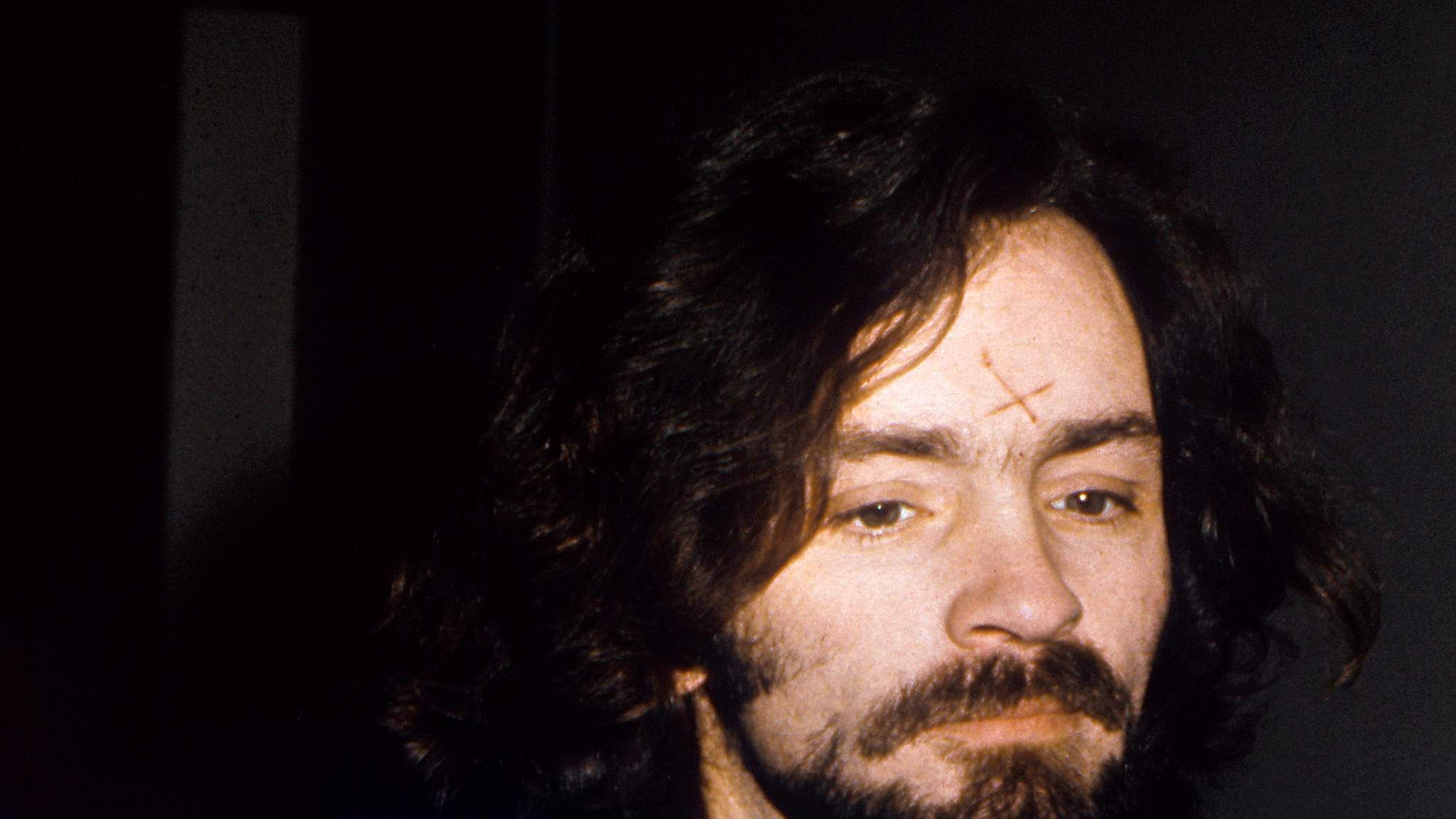 interviews with charles manson - HD 2048×1152