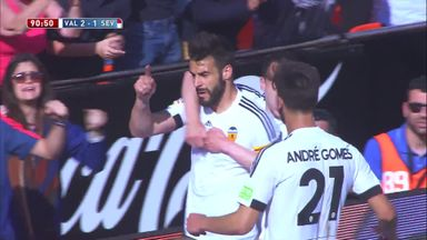 Negredo haunts Sevilla