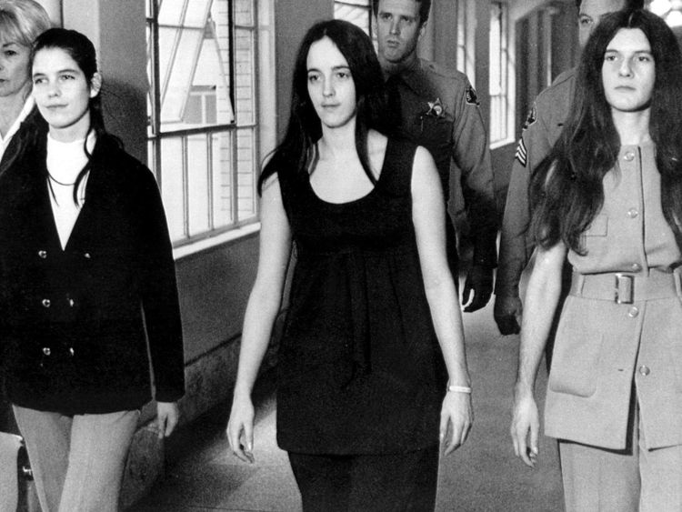 Louise Van Houten, (L), with fellow Manson cult members, Patricia Krenwinkle (R) and  Susan Atkins (C)