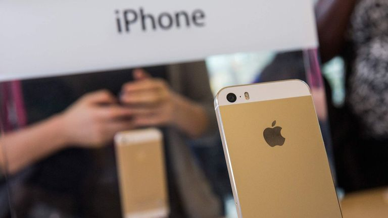 Apple's Latest iPhone Models Go On Sale Across U.S.